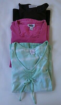 Lot of womens maternity clothes size large- Lot J34