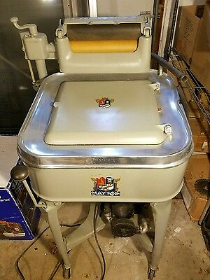 VINTAGE 1930's MAYTAG WRINGER WASHING MACHINE Working Excellent condition