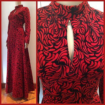 VINTAGE 70's Romantic VELVET MAXI GOWN DRESS Black & Red GOTHIC 12 Keyhole Bust