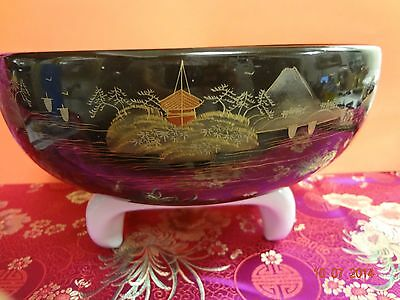 Chinese /Japanese Wooden Bowl Hand Crafted Islands Boats Mother of Pearl Inlay