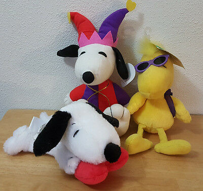 Lot of 3 Small Peanuts Plush Toys 2 Snoopy 1 Woodstock