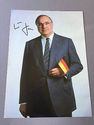 HELMUT KOHL († 2017) Bundeskanzler In-person signed  Magazinbild 20 x 30
