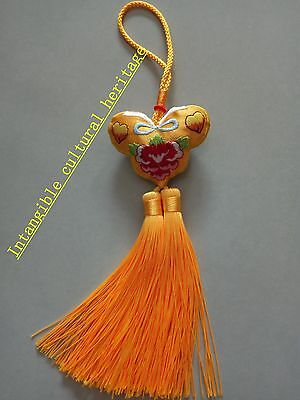 The embroidery flowers sachets Hang act the role ofing