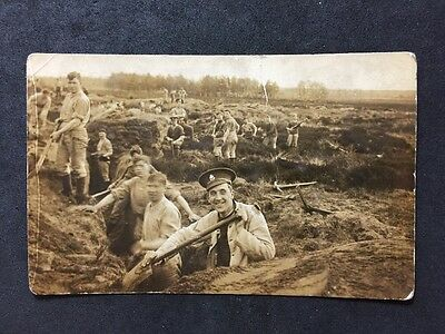 Vintage Postcard: Military #M82 : Soldiers Digging Trenches : Notts & Derby?