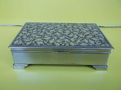 276 / 1930s - 1950s FOREIGN HEAVY SILVER PLATED CIGARETTE BOX LINED WITH WOOD