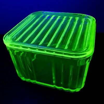 Green Depression Uranium Glass Butter Dish 1Lb Square With Lid! No Chips!!