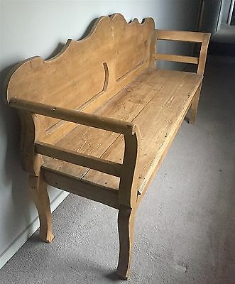 PINE SETTLE BENCH with Cabriole legs