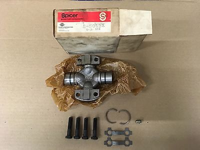 NOS Spicer U-Joint Universal Joint Kit 5-5015X
