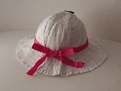 Girl's pretty sun hat with pink bow, Ages 3-6 Years (Medium)