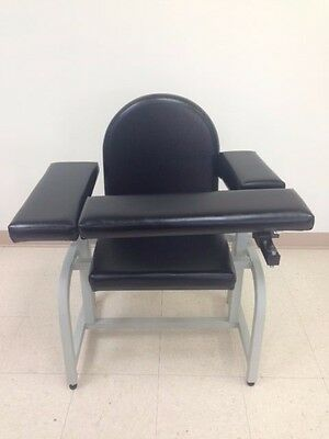 CLINTON Padded Blood Draw Chair 6010 in Excellent Condition