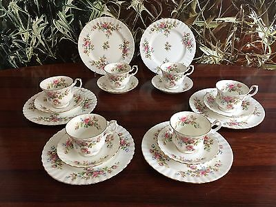 ROYAL ALBERT England MOSS ROSE - noble 18- piece Coffee service for 6 persons