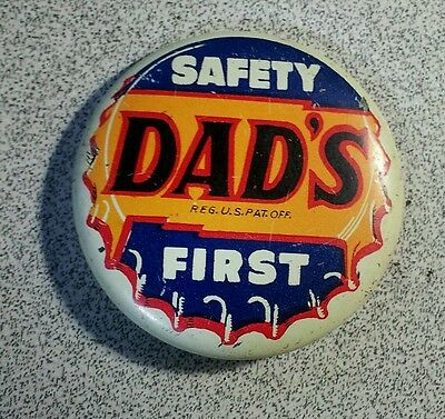 Vintage Advertising Dads Root Beer Pinback Button rare