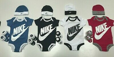 Nike Infant Baby 3 piece Set 0-6 Months Boys and Girls