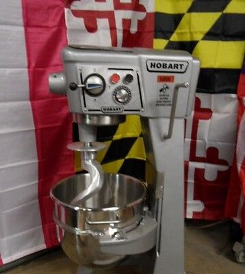 Hobart D300T 30 QT Dough Bakery Pizza Mixer 3 Phase 208-240volt