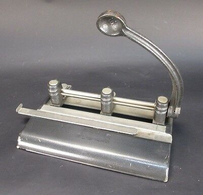Vintage Master Products Mfg. Co. Series 1000 3-Hole Paper Punch