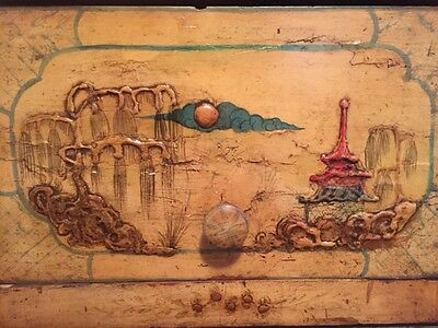 Antique 19Th C. Chinoiserie Chest