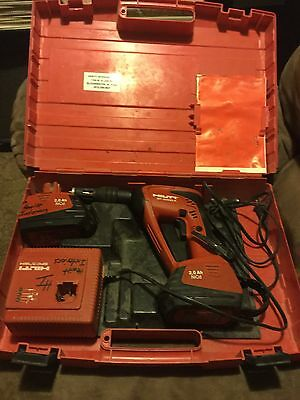 HILTI SF 4000-A Cordless Drywall Screw Gun Tool Screwdriver Charger Excellent!