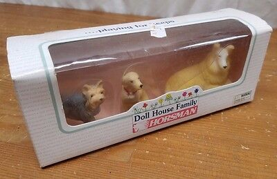 1996 Horsman Doll House Family Equestrian 3 Three Pet Dog Set Brand New in Box