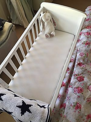 Mothercare Deluxe Gliding Crib / Cot For Baby
