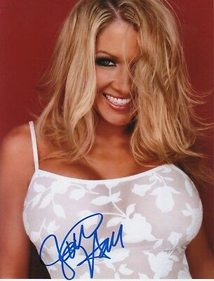 Jillian Hall Autogramm signed 20x27 cm Bild
