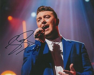 "Sam Smith ""James Bond"" Autogramm signed 20x25 cm Bild"