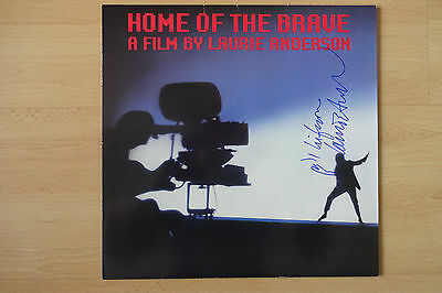 "Laurie Anderson Autogramme signed LP-Cover ""Home Of The Brave"" Vinyl"