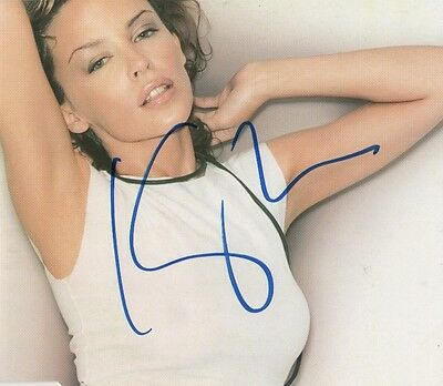 "Kylie Minogue Autogramm signed CD-Cover ""Can´t Get You Out Of My Head"""