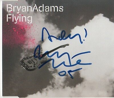 "Bryan Adams Autogramm signed CD-Cover ""Flying"""
