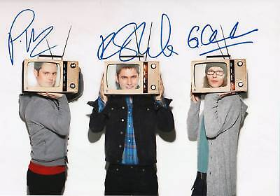 Scouting For Girls Autogramme signed 20x30 cm Bild
