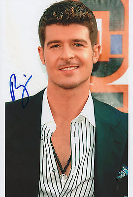 Robin Thicke signed 8x12 inch photo autograph