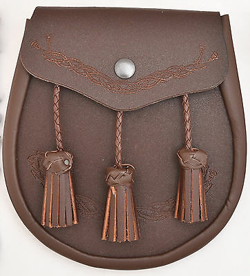 Brand New  Leather Sporran with Thistle Badge on Front 3Tassels & Chain Straps