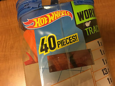 Hot Wheels Build your Own Track - Workshop Track Pack 40 Pieces