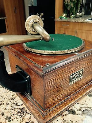 Antique/Genuine Victor Phonograph Table Model