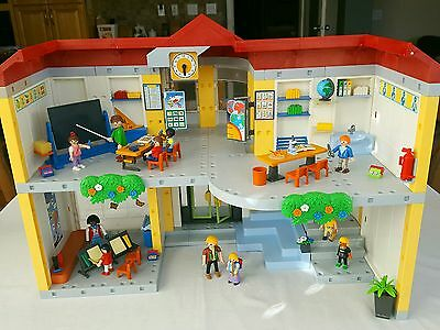 Playmobil 5923 School with lots of figures and accessories