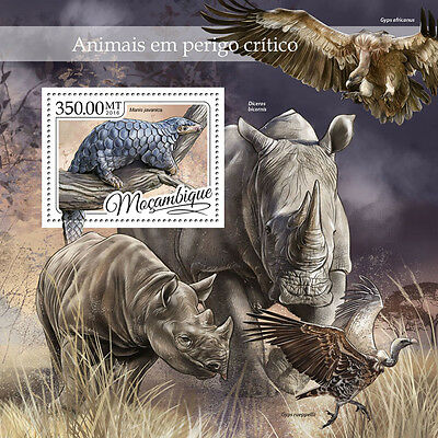 Mozambique 2016 MNH Endangered Wild Animals 1v S/S Pangolins Rhinos Stamps