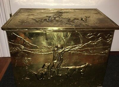 Antique Vintage English Brass Coal Box Hod Trunk Hunter And Dogs Made In England