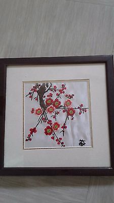 vintage Chinese silk embroidery picture signed