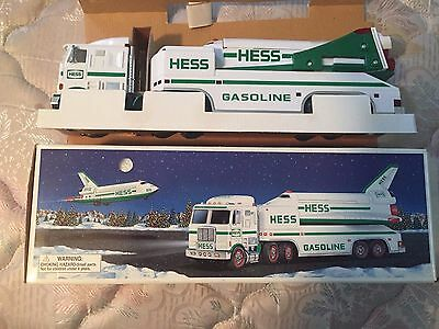 1999 HESS Toy Truck and Space Shuttle with Satellite NEW
