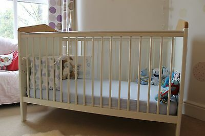 Mamas and Papas Savannah Cot Bed and Matching Shelf