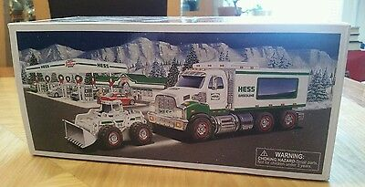 2008 Hess Truck and Front Loader New in Box