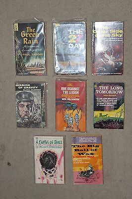 Lot of Eight (8) Vintage Science Fiction Paperback Books Vintage Cover Art   A1