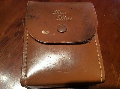VINTAGE SHOE SHINE 100% LEATHER HIDE CASE + 2 WOODEN BRISTLE BRUSHES 1950's
