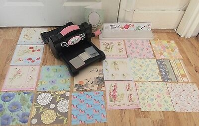 Bundle Sizzix Big Shot Cutting & Embossing Machine + 25 Extras Pads Dies Papers