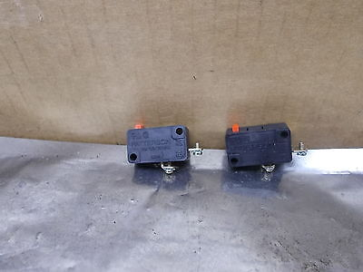 Patterson Micro Switch 12A, 125/250vac, Lot of 2