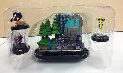 Heroclix Wolverine and the X-men T001 Blue strike Force Team Base w/figures