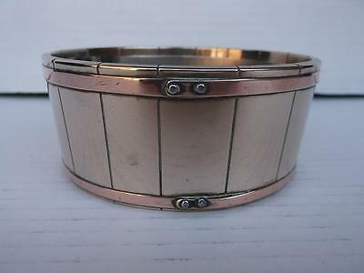 334 / BEAUTIFUL HEAVY BRASS ANTIQUE 1900s PLANT POT HOLDER WITH COPPER BANDING