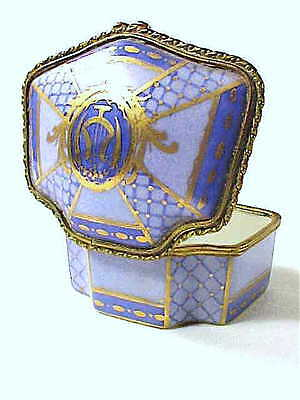 French Limoges style hand painted porcelain pill box vintage GORGEOUS!