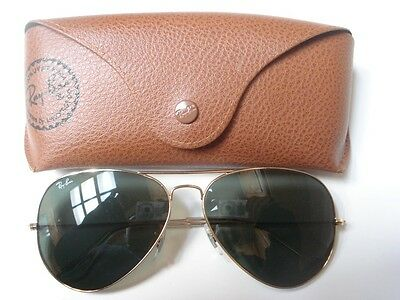 Good Condition Ray Ban RB 3025 Italy Luxottica Aviator Sunglasses with Case