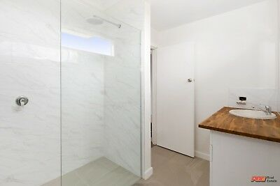 Tiles Carrara Glazed Polished Marble Look. 300x600. On SALE!! 225sqm Available