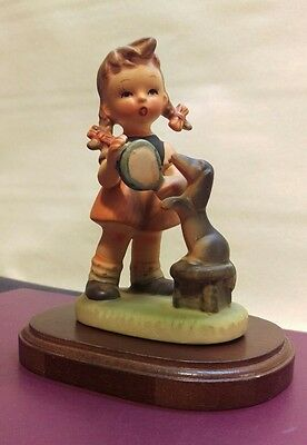 """Vintage Girl playing with a dog 4 1/2"""" ceramic?"""